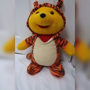 Toy Network Winnie The Pooh Kids Stuffed Toy
